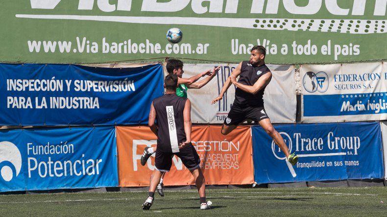 Piñero da Silva lleva 4 goles en el campeonato