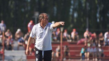 Homann se fue tras no clasificarse a la zona campeonato. El segundo ciclo del Ruso como entrenador de Cipo acumuló 65 partidos, cinco de los cuales fueron de la Copa Argentina, donde llegó al histórico cruce con San Lorenzo en la cancha de Lanú