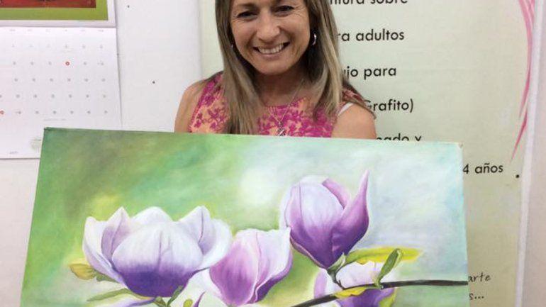 Laura Campos es la profesora de arte y la organizadora del evento.