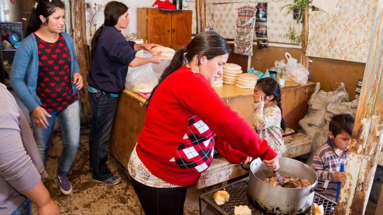 Los alimentos se hacen pocos en el emprendimiento popular.
