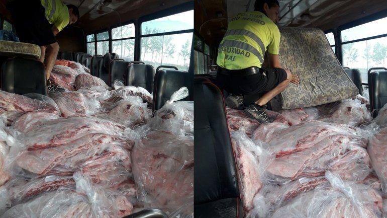 Secuestraron un colectivo que venía de La Pampa repleto de costillares de contrabando