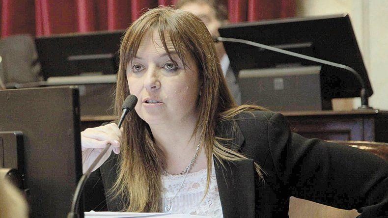 Odarda propone una línea gratuita para que las denuncias lleguen a fiscalía.