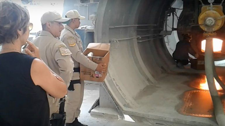 Quemaron 145 kilos de marihuana y medio kilo de cocaína en ALPAT
