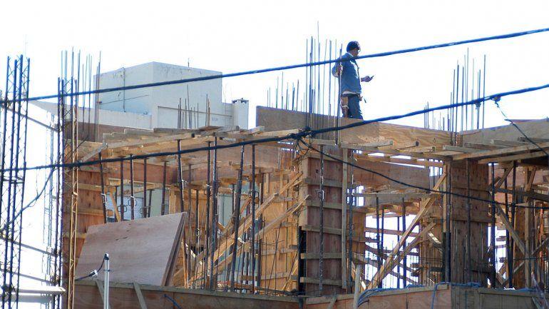 En la ciudad ahora s lo se construyen edificios obras for Procrear construccion