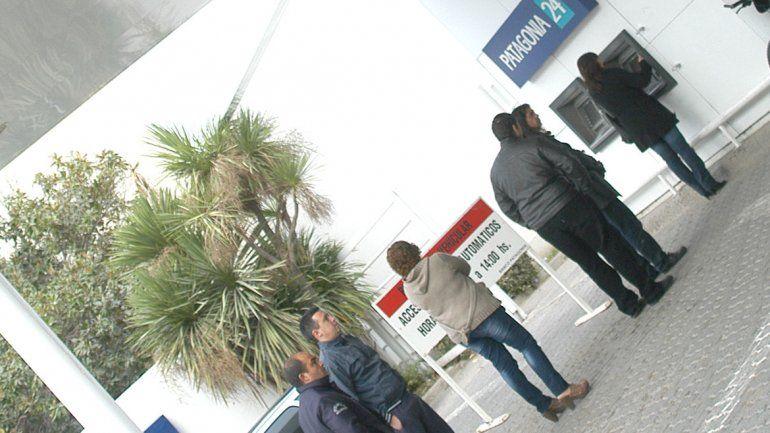 Los bancos de Cipolletti hoy atenderán al público hasta las 11.