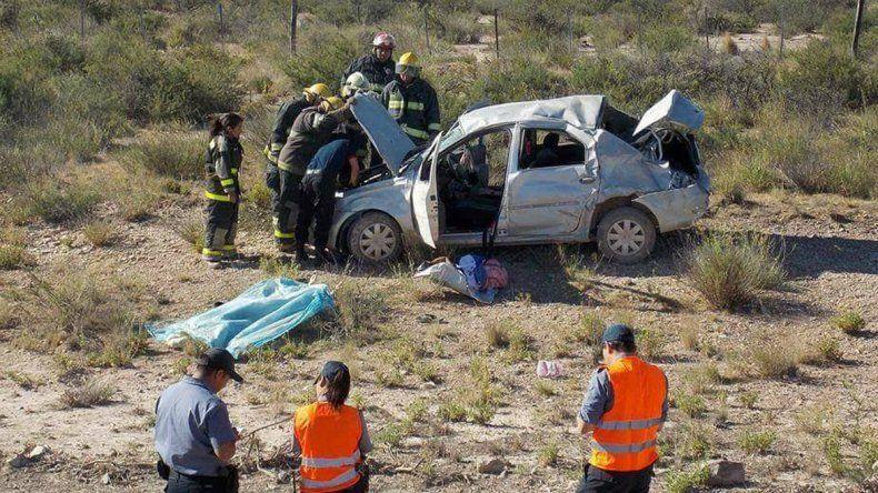 Un hombre de Fernández Oro murió tras un violento vuelco sobre la Ruta 23