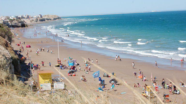 El verano comenzó con poca gente, pero muy buen pronóstico en Las Grutas.