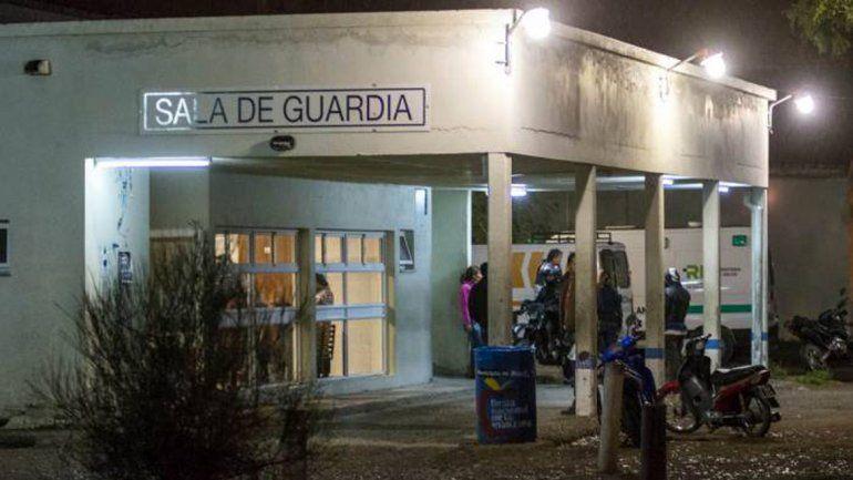Un motociclista chocó contra un poste de luz y murió en Roca