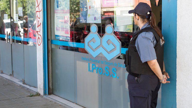 La atención en la sede cipoleña de la obra social Ipross volvió a verse afectada en la jornada de ayer.