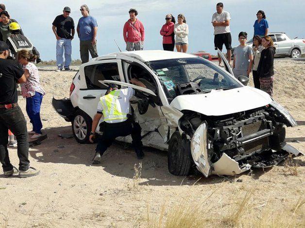 Un impactante choque entre cuatro autos dejó un muerto en Las Grutas