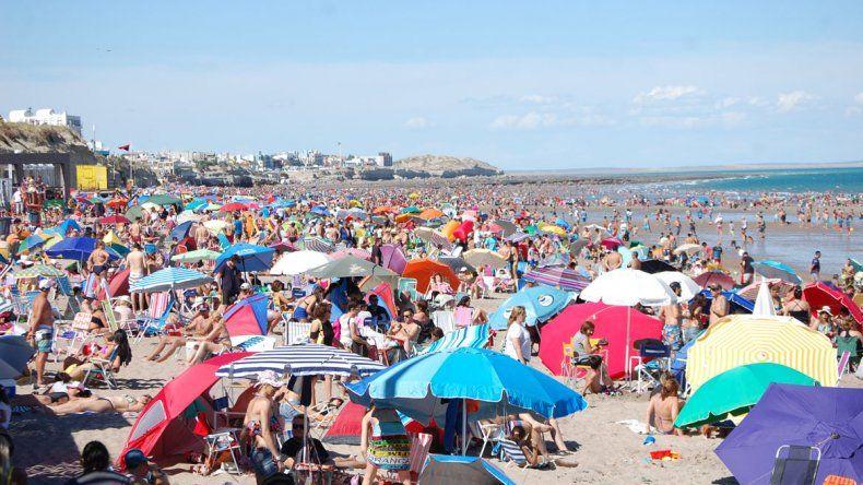 El Año Nuevo llegó con una marea de  turistas a Las Grutas