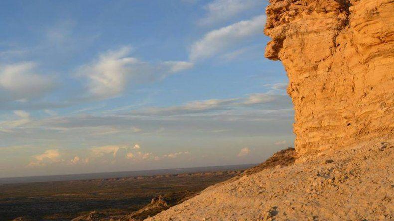 Desde la altura del cerro hay hermosas panorámicas del Valle.