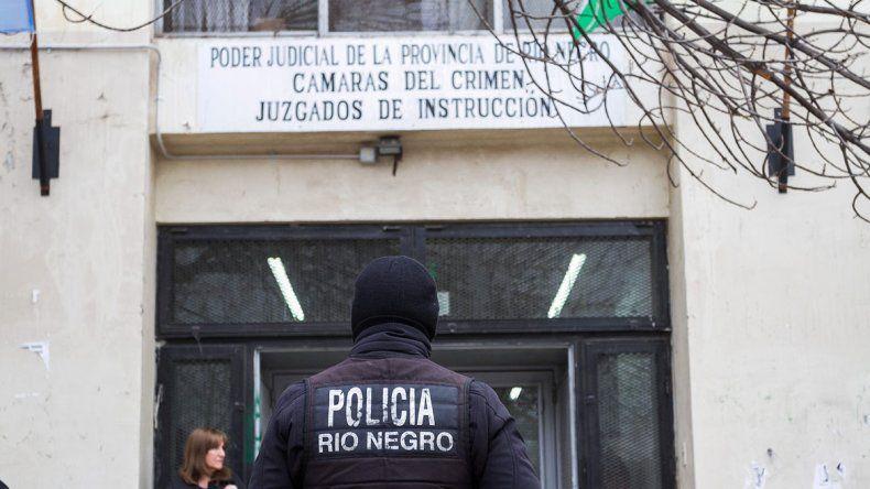 La audiencia de formulación de cargos contra el depravado se llevó a cabo en los tribunales de España y Urquiza.
