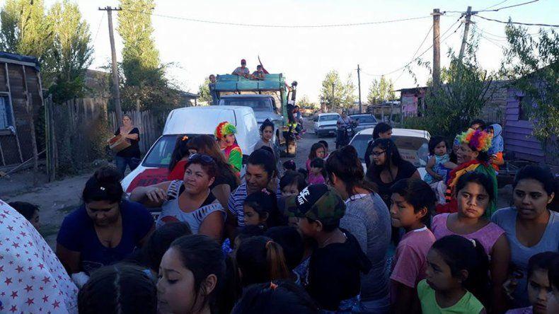Durante la iniciativa se repartieron a los niños más de 3000 juguetes.