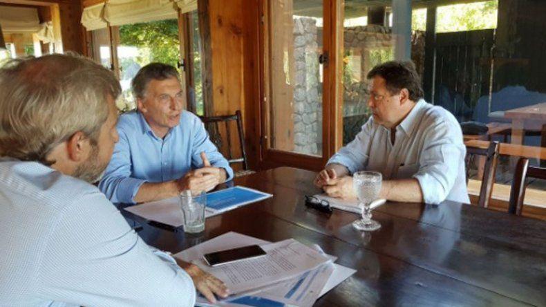 Macri recibió a Weretilneck y coordinaron bajar el déficit provincial