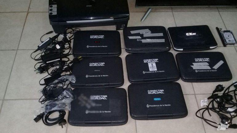 Vendía computadoras robadas del CEM 5 en Facebook y lo atraparon