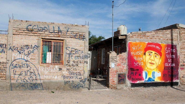 En la casita del Mapu ayudan a los pibes a salir del consumo de drogas.