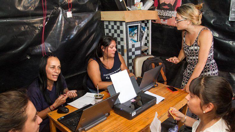 La Anses ya está entregando los certificados de vivienda para que los vecinos puedan hacer trámites.