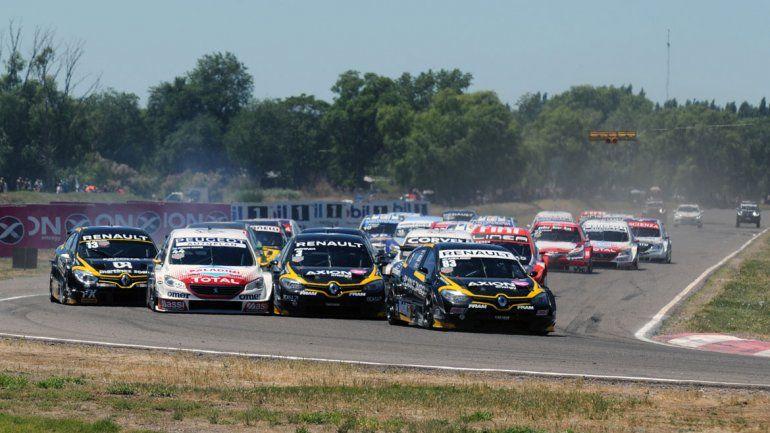 En noviembre el Súper TC 2000 estuvo en Roca por última vez.