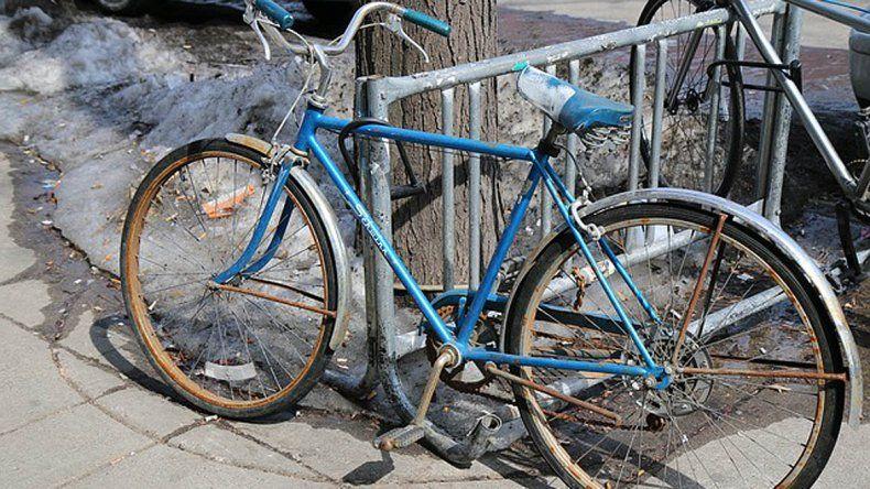 Robó una bicicleta, y lo que ocurrió después sorprendió a todos