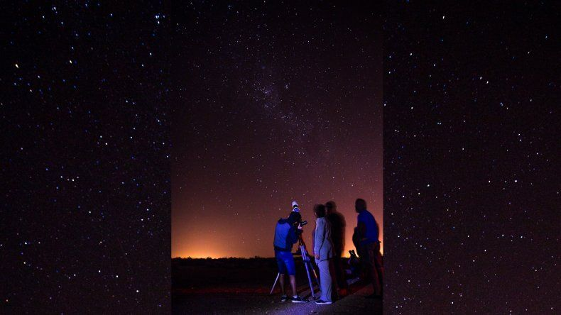 Observando el universo desde el cerro Azul
