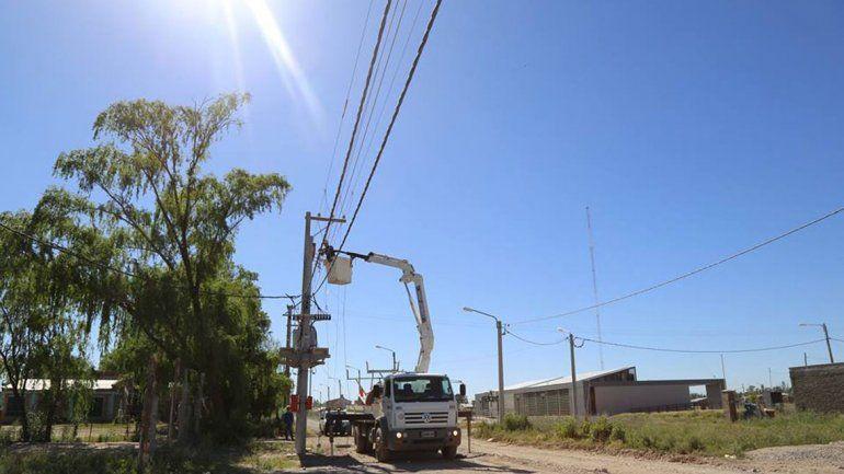 El Municipio financió la obra y un sector del barrio ya está en el tendido regular.