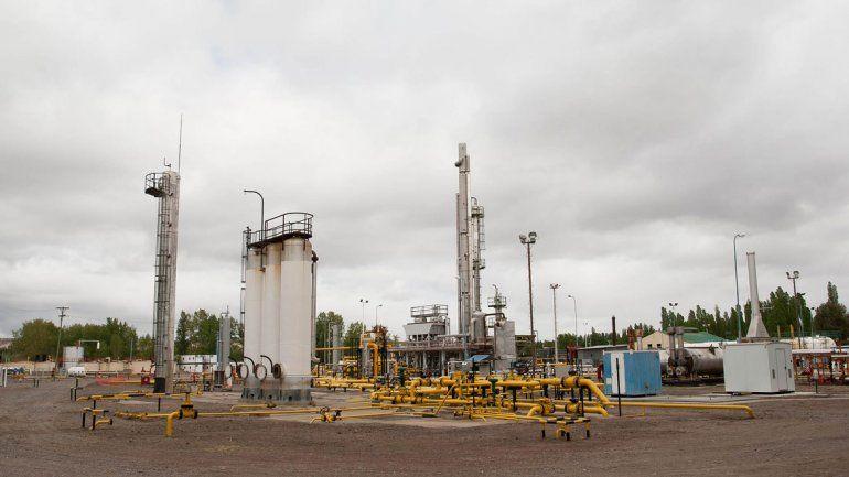 La Provincia quiere extender la actividad petrolera al Alto Valle. Tortoriello dijo que la vetará en la ciudad.