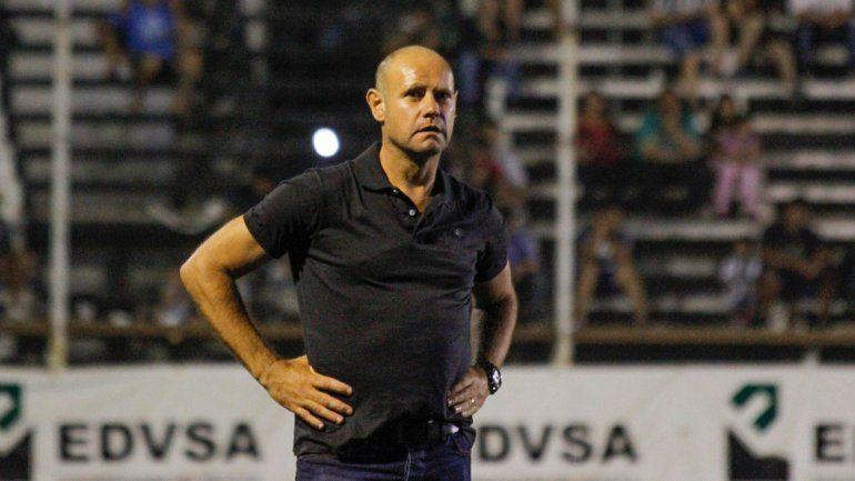 El técnico albinegro avisó que en la revancha irán en busca del gol de la tranquilidad.