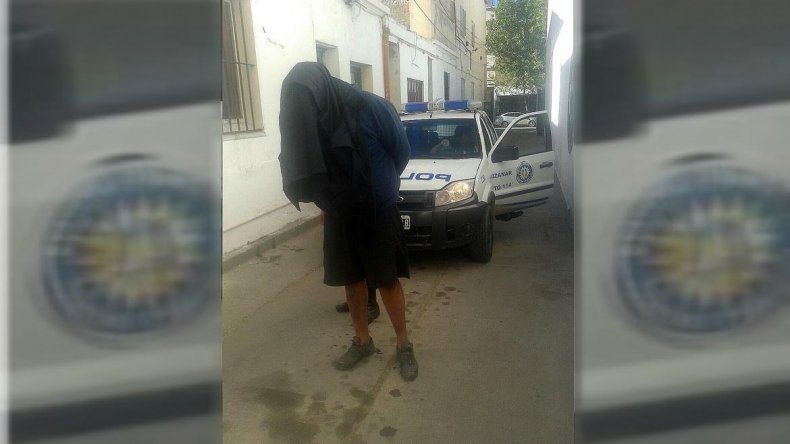 La policía detuvo a un peligroso motochorro tras cometer dos robos en el parque Rosauer