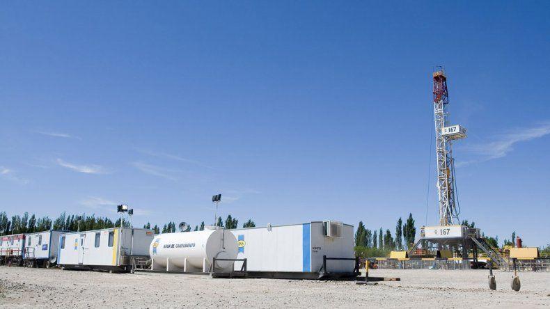 YPF opera el yacimiento más importante de la provincia en el Alto Valle.