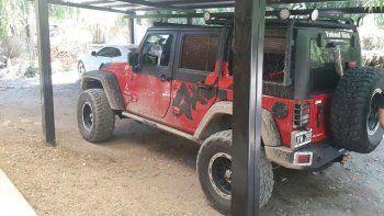 La Jeep estaba escondida en una chacra de Cinco Saltos.
