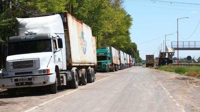 Los camiones comenzarán a viajar al puerto la próxima semana.