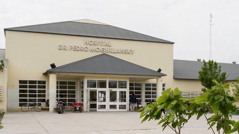 Presentan en el hospital modernas camas ortopédicas