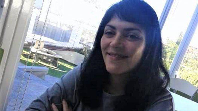 Sandra es de Rosario y busca a sus padres biológicos en Roca y Cipolletti
