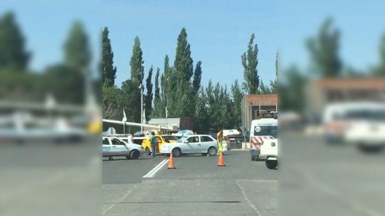Caos en el tránsito por un choque en uno de los ingresos a Cipolletti