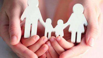 buscan familias solidarias en la region para albergar a menores