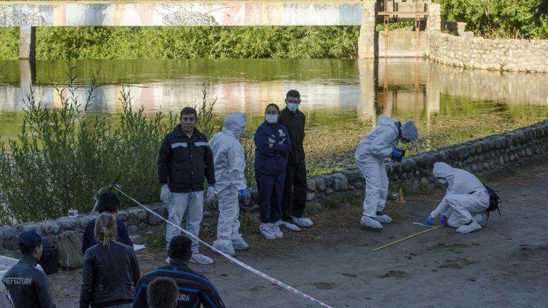 Misterio en Bariloche: hallaron el cuerpo de una mujer en un arroyo
