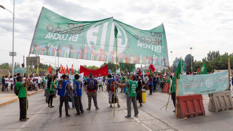 Los trabajadores estatales volverán a manifestarse en las rutas.