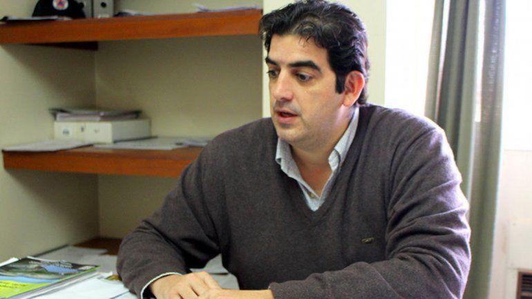 El secretario de Gobierno en su despacho