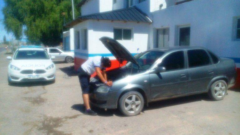 El Chevrolet Corsa robado había sido comprado en Buenos Aires.