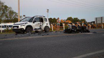 El choque mortal de enero, en un ingreso a Cipolletti, fue a plena luz. Se presume que la camioneta giró en U y el motociclista lo embistió de frente. No se vieron a tiempo.