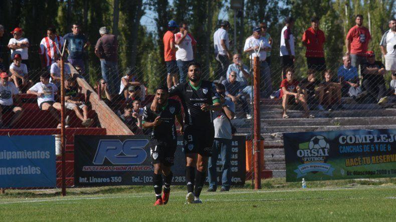Carrera le marcó su segundo gol en 15 días a Independiente.