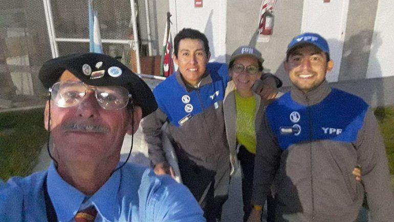 Kuky, el abuelito viajero, ya pasó por Cinco Saltos y se dirige a La Pampa