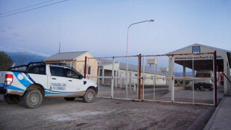 Un preso estaba en un buzón hace 15 días y ordenaron trasladarlo
