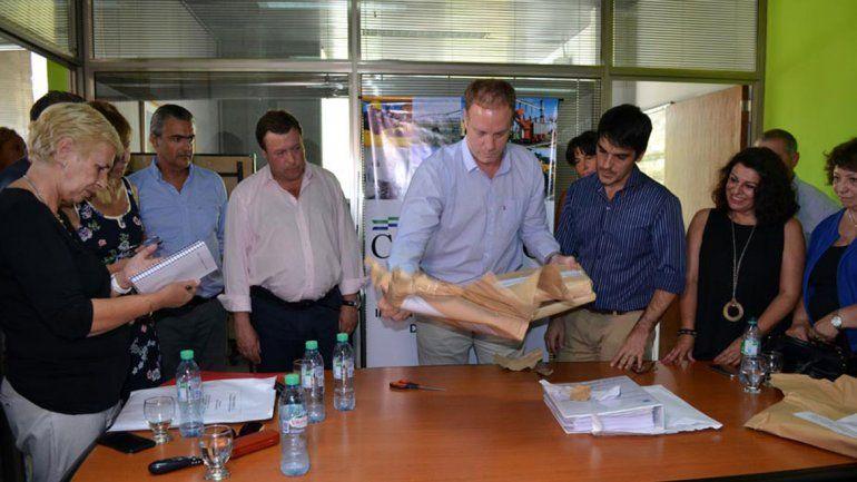 La licitación se realizó ayer en la sede cipoleña de Energía.