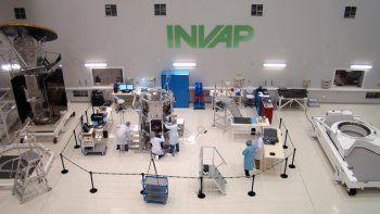 Invap construirá tres centros de medicina nuclear en Bolivia