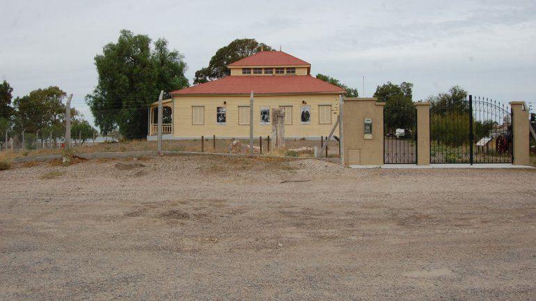 El tanque de la aguatería sigue en pie y la casa de Jacobacci es un museo.