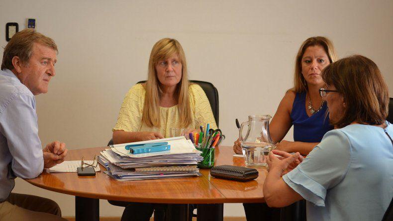 Tortoriello y Silva evaluaron la situación en las escuelas cipoleños