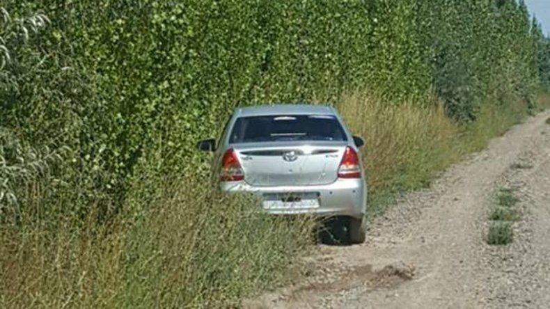 El auto robado a una pareja de jubilados de Cipolletti apareció en Roca .
