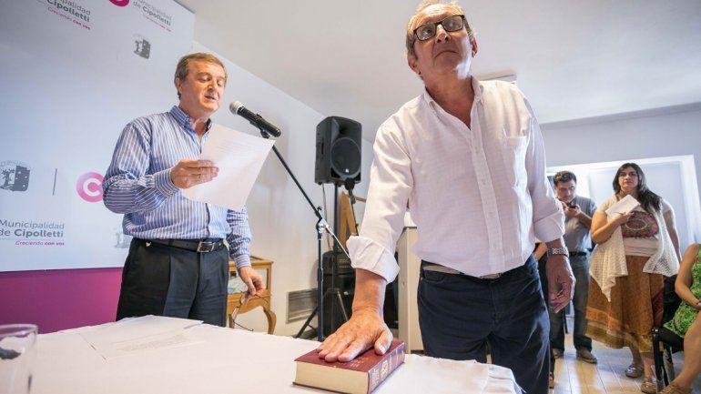 El intendente Aníbal Tortoriello le tomó juramento al nuevo secretario de Gobierno del Municipio